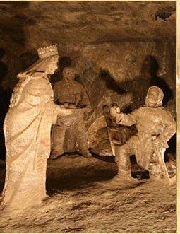 salt mine statues